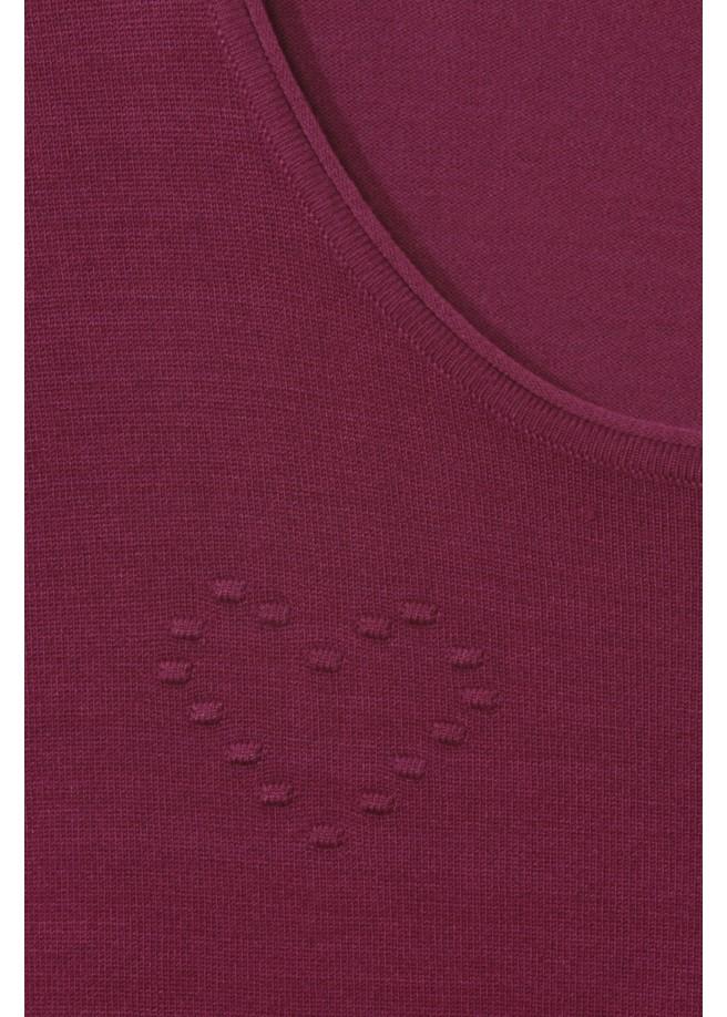 Kuscheliger Pullover mit Strukturherzen /