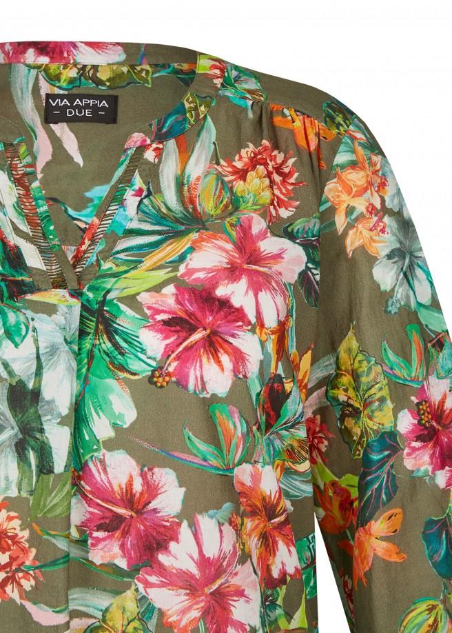 Luftige Bluse mit exotischem Print /