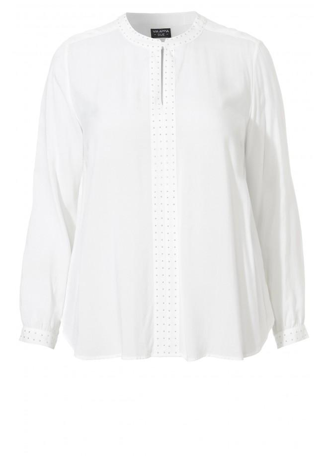 Rockige Bluse mit Ziernieten /