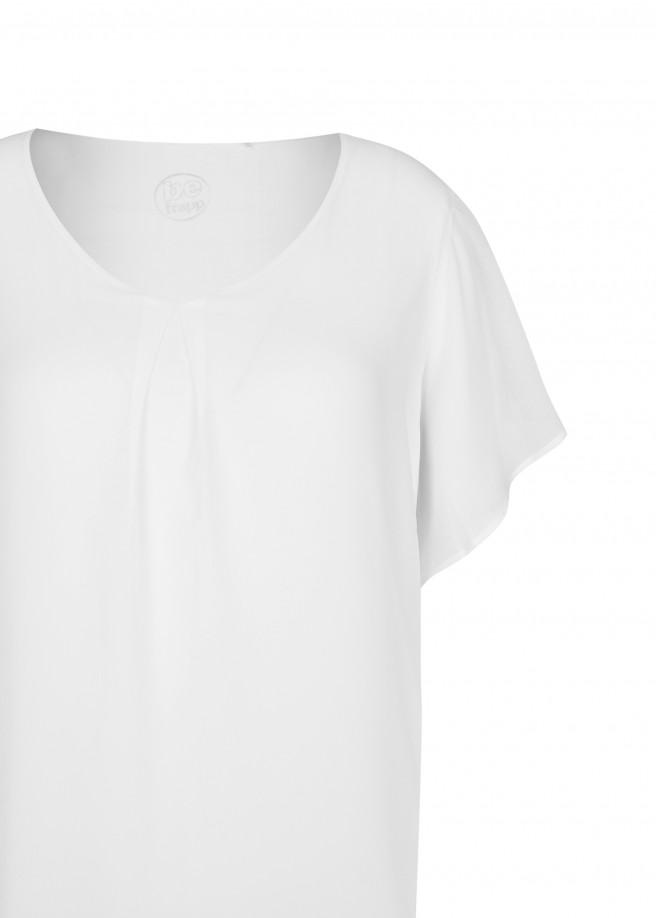Luftige Bluse in Lagen-Design /