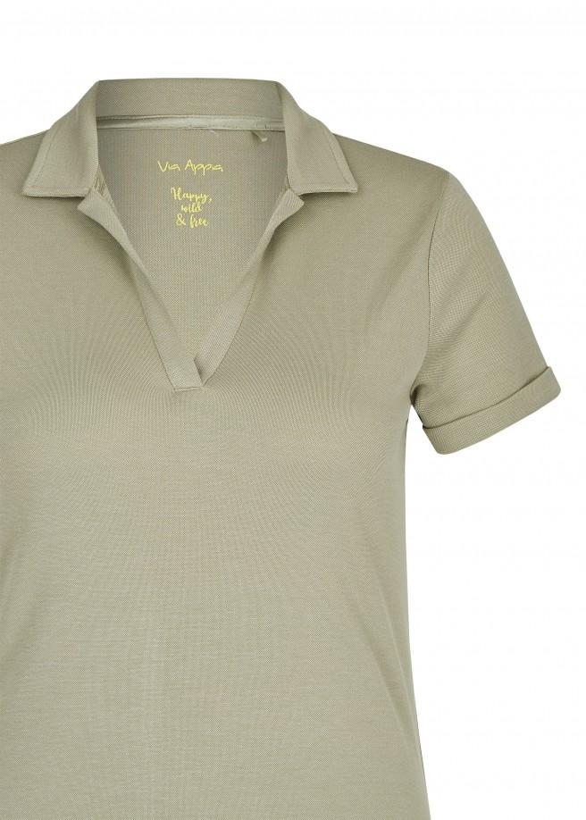 Sportives T-Shirt mit Umlegekragen /
